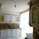 شیشه تیفانی یا استیند گلس درب کابینت کلاسیک (نمای4)