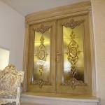 شیشه تزیینی استیند گلس یا تیفانی برای درب سالن پذیرایی نمای 2