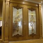 شیشه تزیینی استیند گلس یا تیفانی برای درب سالن پذیرایی نمای 3