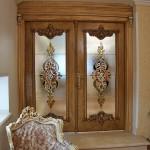شیشه تزئینی استیند گلس یا تیفانی برای درب سالن پذیرایی نمای 7
