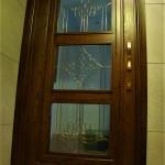 شیشه تزئینی و دکوراتیو کلاسیک با فلز طلایی برای درب چوبی شیشه خور (نمای 2)