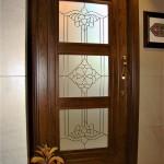 شیشه تزئینی و دکوراتیو کلاسیک با فلز طلایی برای درب چوبی شیشه خور (نمای 6)