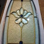 شیشه استیندگلس بیضی برای درب ورودی چوبی نمای 3