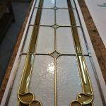 مراحل ساخت شیشه تزیینی معرق برای پارتیشن چوبی نمای 5