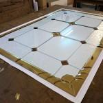 مراحل ساخت و معرق کاری شیشه استیند گلس نمای 2