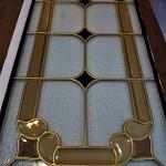 مراحل ساخت شیشه تزیینی معرق برای پارتیشن چوبی نمای 7
