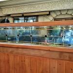شیشه تزیینی استیند گلس برای پارتیشن و جدا کننده چوبی نمای 8