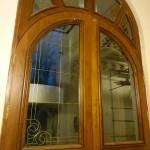 شیشه تزیینی فلز کاری شده سبک جورجین بار نمای 3